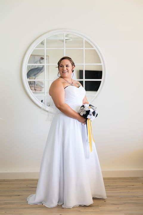 Tie back strapless plus size wedding dress